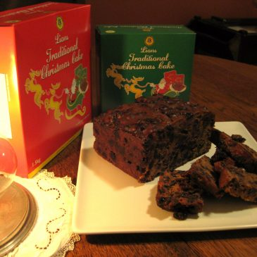Lions Christmas Cake Serving Suggestion